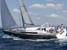 The Beneteau Oceanis 55 keeps the guests in her cockpit comfortable no matter what the point of sail.