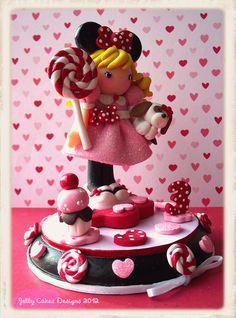 Miss Minnie keepsake cake topper a porcelana fria polymer clay
