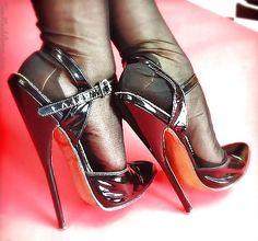 Nicely wrinkled black sandal black stockings in Hi heeled Stilettos .