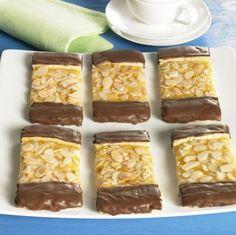 railway tracks - All Recipes Pecan Praline Cake, Praline Recipe, Holiday Baking, Christmas Baking, Cookie Recipes, Dessert Recipes, German Baking, German Desserts, Milk Cake