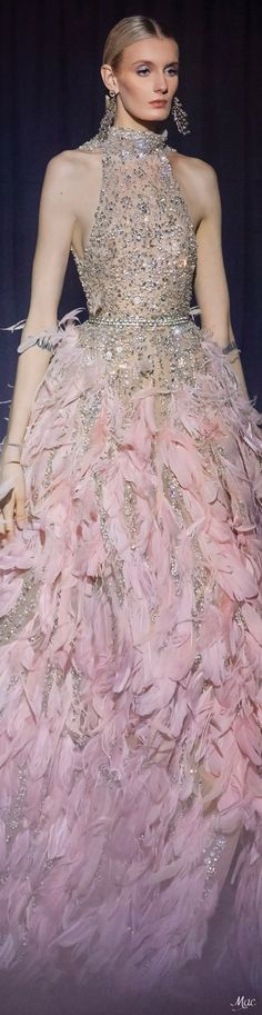 Spring 2021 Haute Couture Elie Saab Couture Fashion, Fashion Show, Fashion Looks, Elite Fashion, Women's Fashion, Evening Dresses For Weddings, Evening Gowns, Lovely Dresses, Beautiful Gowns