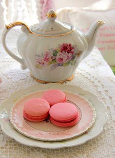 Aiken House & Gardens: A Spot of Tea