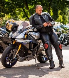 Motorcycle Suit, Motorcycle Leather, Mx Boots, Bike Leathers, Riders On The Storm, Biker Gear, Hot Guys, Hot Men, Leather Men