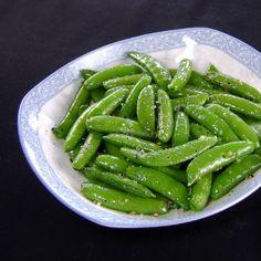 Sauteed sugarsnap peas with ginger and garlic