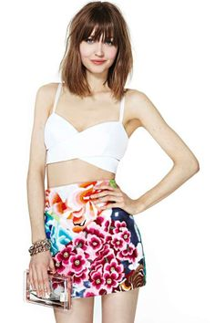 Shakuhachi Flower Bomb Embroidered Skirt