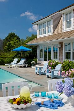 poolside House of Turquoise: Polhemus Savery DaSilva Outdoor Rooms, Outdoor Living, Outdoor Decor, House Of Turquoise, My Pool, Beach Cottages, Architecture, Cape Cod, My Dream Home