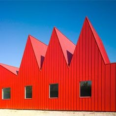 José Javier Gallardo Ortega, of the firm G.Bang created this beautiful new children's psychiatric center in Zaragoza.