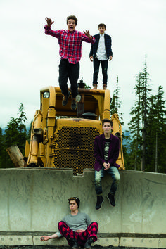 I like that cam looks scared cuz he jumped and the everyone else look serious