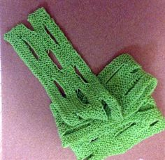 Green cheese scarf
