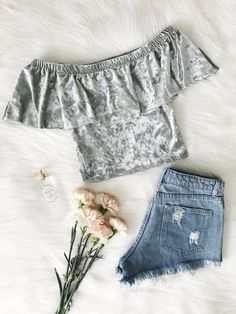 Wanderlush Boutique is an online fashion store for women. Features the best and latest fashion tops, sets, dresses, bodysuits, swimwear and more. Fashion Today, Fashion 101, Fashion Books, Fashion Killa, Fashion Outfits, Fashion Trends, Fashion Inspiration, Girly Outfits, Cute Outfits