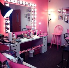 closet/home dressing room/makeup station/home makeup room/home beauty room inspiration Vanity Room, Vanity Set, Pink Vanity, Vanity Ideas, Closet Vanity, Vanity Decor, My New Room, My Room, Spare Room