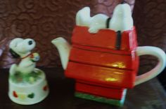 VINTAGE SNOOPY CERAMIC MUSIC BOX AND SNOOPY/WOODSTOCK TEAPOT NM C. 1970'S  (MY EBAY SOLD)