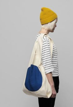 Kokoro Moi – World Design Capital Helsinki 2012 Products. grey and white striped shirt, yellow beanie.mariner look. Mode Style, Style Me, Hair Style, Tote Bags, Bon Look, Trendy Handbags, Cotton Bag, Bandanas, Mode Inspiration