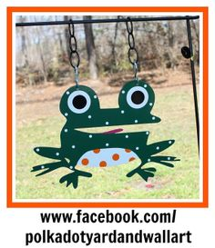 Metal Frog for Garden Flag or Wall Deco