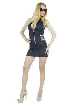 Rochie Dama Sexy Cut  Rochie dama senzuala, scurta. Model interesant, cu taieturi indraznete. Aceasta rochie va reusi cu siguranta sa va scoata din anonimat. Fermoar in fata.     Latime talie: 36cm  Lungime fusta: 30cm  Lungime totala: 85cm  Compozitie: 47%Bumbac, 50%Poliester, 3%Elasten Sexy, Model, Dresses, Fashion, Vestidos, Moda, Fashion Styles, Scale Model