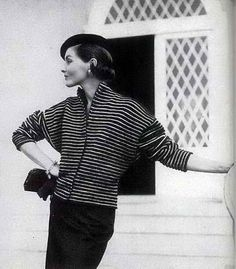 Clothing Patterns, Knitting Patterns, Vintage Vogue Patterns, Vogue Knitting, 50s Vintage, Vintage Fall, Black And White Design, Vintage Knitting, Striped Knit