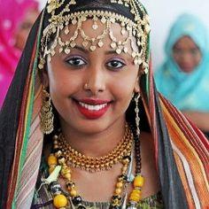Beautiful Somal Bride Beautiful Black Women, Beautiful People, Somali Wedding, Ethiopian Tribes, Dna Test Results, Horn Of Africa, Eritrean, African Women, First World