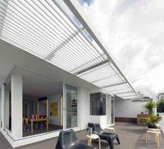 terrasse avec pergola en alu blanc