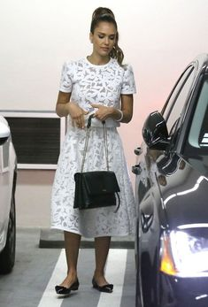 Jessica Alba - Jessica Alba Attends Event With Her Beautiful Family