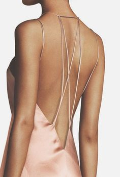 We can't get enough of these open-back slip dresses that are barely connected with delicate straps - they are elegant, unexpected & amazingly fashionable! Classic Outfits, Cute Outfits, Pretty Dresses, Beautiful Dresses, Slip Dresses, Tango Dress, Couture Dresses, Dress Backs, Silk Dress