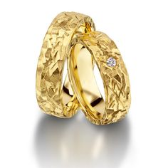 Furrer Jacot Magiques in yellow gold 6.00mm