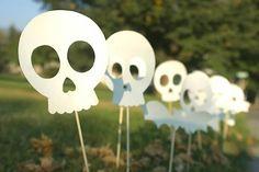 Hoje o We Share Ideas trouxe 5 moldes super divertidos para você baixar e imprimir em casa para sua Festa de Halloween!                                                                                                                                                                                 Mais