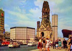 West Berlin, Berlin Berlin, Mercedes Benz, Reunification, Caravan, Berlin Germany, Wonderful Places, Volkswagen, Places To Visit