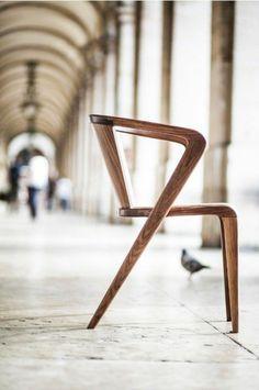 Designer-Stuhl-Holz-interessante-Form