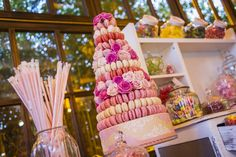 Una boda con estilo, boda Irene y Vicente | Rebeca Tabernas Cupcakes, Irene, Desserts, Food, Fondant Cakes, Lolly Cake, Candy Stations, Weddings, Creativity