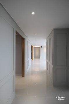 47py 대전 노은동 열매마을 8단지 새미래 40평대 아파트 인테리어 : 네이버 블로그 Interior Design Living Room, Living Room Designs, Space Interiors, Wood Tools, Wainscoting, Apartment Interior, Downlights, Interior Architecture, Luxury