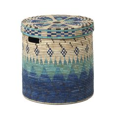 Store your washing in natural style with this hand-woven palm leaf linen basket. Made in Malawi and produced by People of the Sun, a non-profit social enterprise who aim to raise the profile of locall