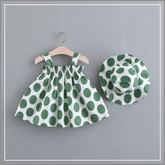 Polka Dotted Summer Dress With Hat Polka Dot Summer Dresses, Baby Summer Dresses, Little Girl Dresses, Baby Dress Design, Baby Girl Dress Patterns, Baby Frocks Designs, Kids Frocks Design, Toddler Girl Style, Toddler Dress