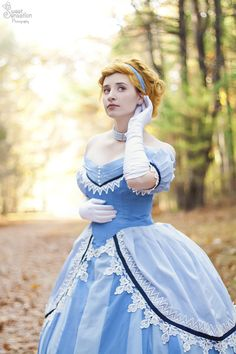 11 historically accurate disney princesses: from fan art to cosplay Disney Princess Cosplay, Cinderella Cosplay, Disney Princess Dresses, Disney Cosplay, Princess Costumes, Disney Dresses, Casual Cosplay, Cosplay Outfits, Cosplay Costumes