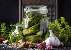 Házi csemege uborka sok kaporral és fokhagymával: így lesz finom ropogós - Recept | Femina
