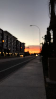 blurry but beautiful Wallpaper Wa, Sunset Wallpaper, Tumblr Wallpaper, Wallpaper Backgrounds, Screen Wallpaper, Wallpaper Quotes, Night Aesthetic, City Aesthetic, Aesthetic Photo