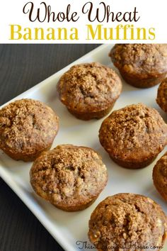 Healthy and Delicious Whole Wheat Banana Muffins with Cinnamon Brown Sugar topping. The BEST way to use up ripe bananas. Healthy Banana Muffins, Banana Bread Muffins, Cinnamon Muffins, Banana Whole Wheat Muffins, Banana Cinnamon, Brunch Recipes, Breakfast Recipes, Breakfast Casserole, Brunch Ideas