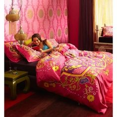 Slaapkamer in oosterse sferen,  Essenza dekbedovertrek rishra roze