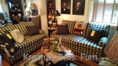 Comfy sofa and chair in Squares Gold Mine Country Sofas, Brown Leather Recliner Chair, Dining Room Table Chairs, Diy Chair, Massage Chair, Comfy Sofa, Couch, Steel, Gold Mine