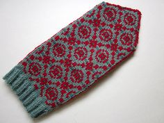 Nice pattern: Persnickety Mittens
