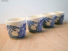 Set of 4 Vintage Blue Willow pattern Flow Blue and White Transferware Small Egg Cups by LittlemixAntique on Etsy