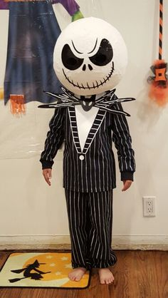 Jack Skellington DIY Costume    Paper mache mask  long sleeve shirt black sweatpants