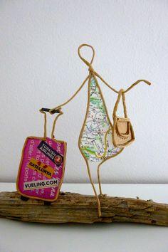 En voyage, prête à partir voir le monde ! - figurine en ficelle et papier : Accessoires de maison par ficelleetpapier