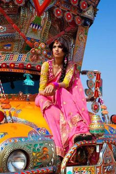 The intensely colorful fashion photography of Tejal Patni- Bollywood Gypsy Life, Gypsy Soul, Gypsy Eyes, American Graffiti, We Are The World, People Around The World, Bollywood Stars, Truck Art, Saris