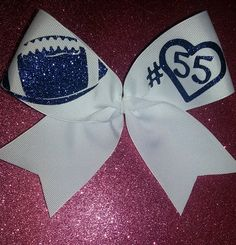 FOOTBALL BOW (Support your Boyfriend/ Bestfriend/ Brother etc.) probably would be my brother or friend Football Spirit, Football Cheer, Football Things, Football Season, Baseball, Big Bows, Cute Bows, Cheerleading Crafts, Cheer Mom