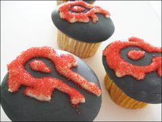 Resultados de la Búsqueda de imágenes de Google de http://www.snackordie.com/2009/03/31/wowhordecupcake08.jpg