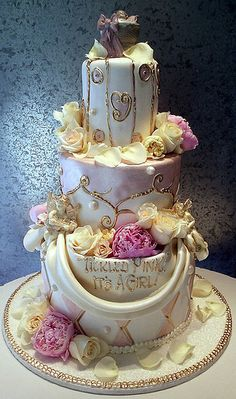 Rosebud Cakes - The Last Word in Original Cake Design. This is like Shabby Chic on steroids. I kinda lurve it. Unique Cakes, Creative Cakes, Gorgeous Cakes, Pretty Cakes, Amazing Wedding Cakes, Amazing Cakes, Cupcakes, Cupcake Cakes, Rosebud Cakes