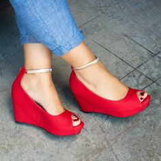 a48d7807352 18 Best red wedges images
