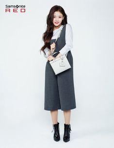 Kim Yoo Jung # Samsonite Red