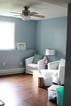 love the room color