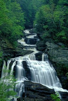 10 Unbelievable North Carolina Waterfalls Hiding In Plain Sight. No Hiking Required - Waterfall Nc Waterfalls, North Carolina Waterfalls, Beautiful Waterfalls, Ashville Waterfalls, Natural Waterfalls, North Carolina Vacations, Asheville North Carolina, North Carolina Mountains, Asheville Nc